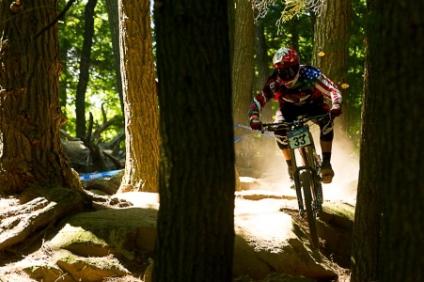 trek_world_racing_garbanzo_ dh_2012