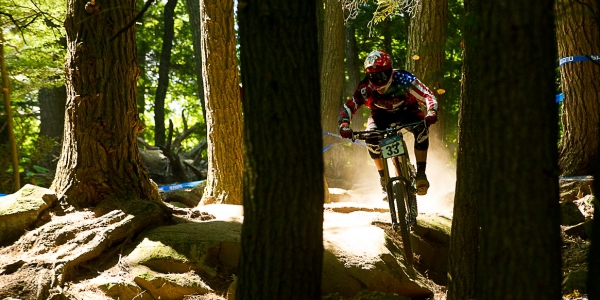 trek_world_racing_garbanzo_ dh_2012