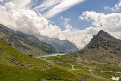 Vista-sul-Lago-del-Gabiet-2371-m-dalla-cabinovia1