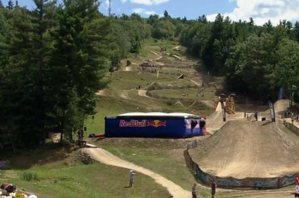 red_bull_mountain_bike_chronicles_claymore_challenge