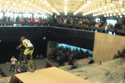 red_bull_ride_the_palace_2012