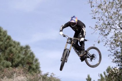 aaron_gwin_2013_specialized_training