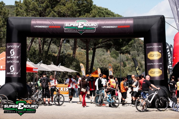 enduro_world_series_punta_ala_2013_starts