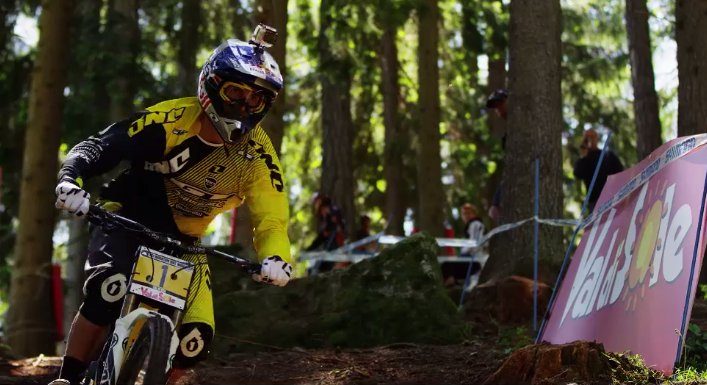 gee_atherton_val_di_sole_2013_dirt_tv