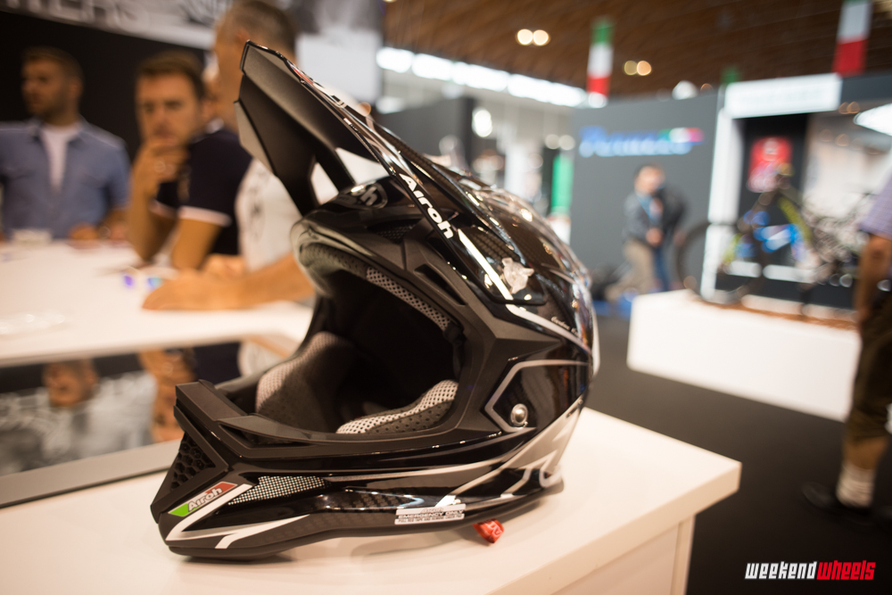 eurobike_2013_airoh_fighter_carbon_4
