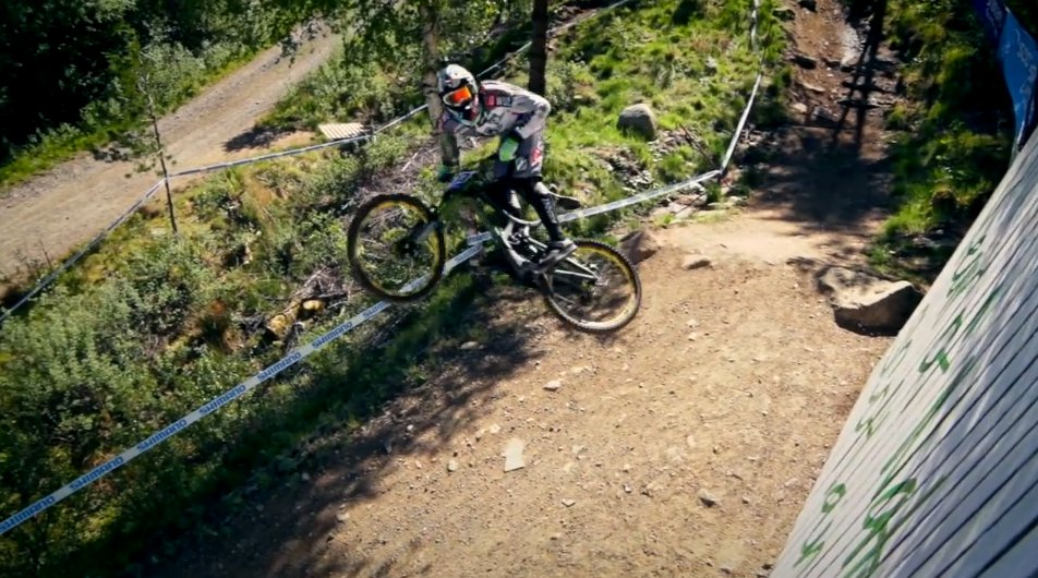 dvo_emerald_downhill_fork_inverted_2013_cedric_gracia