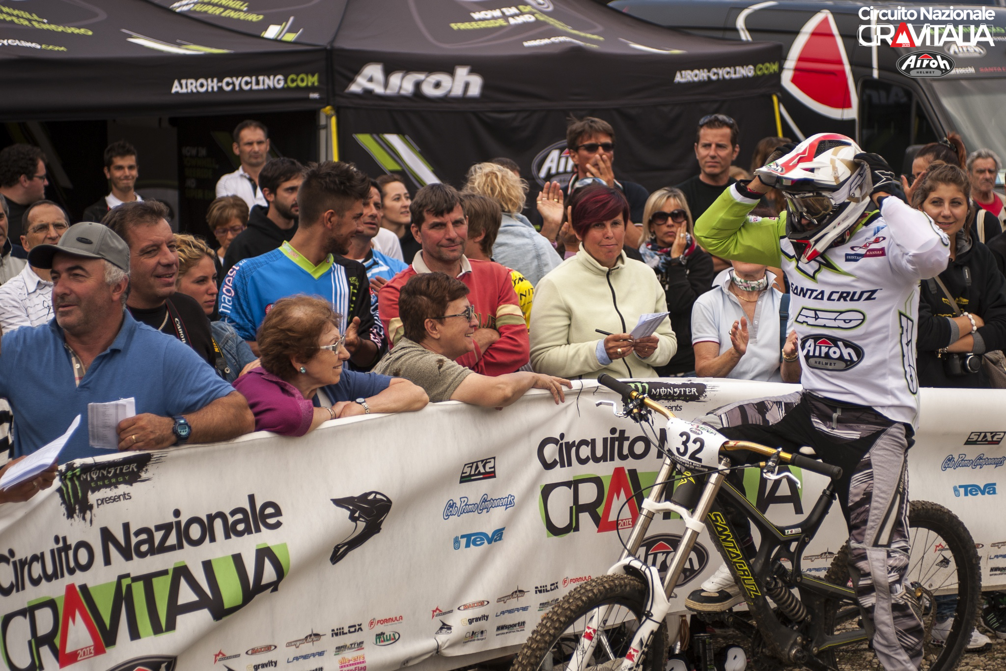 gravitalia_2013_downhill_abetone_francesco_colombo