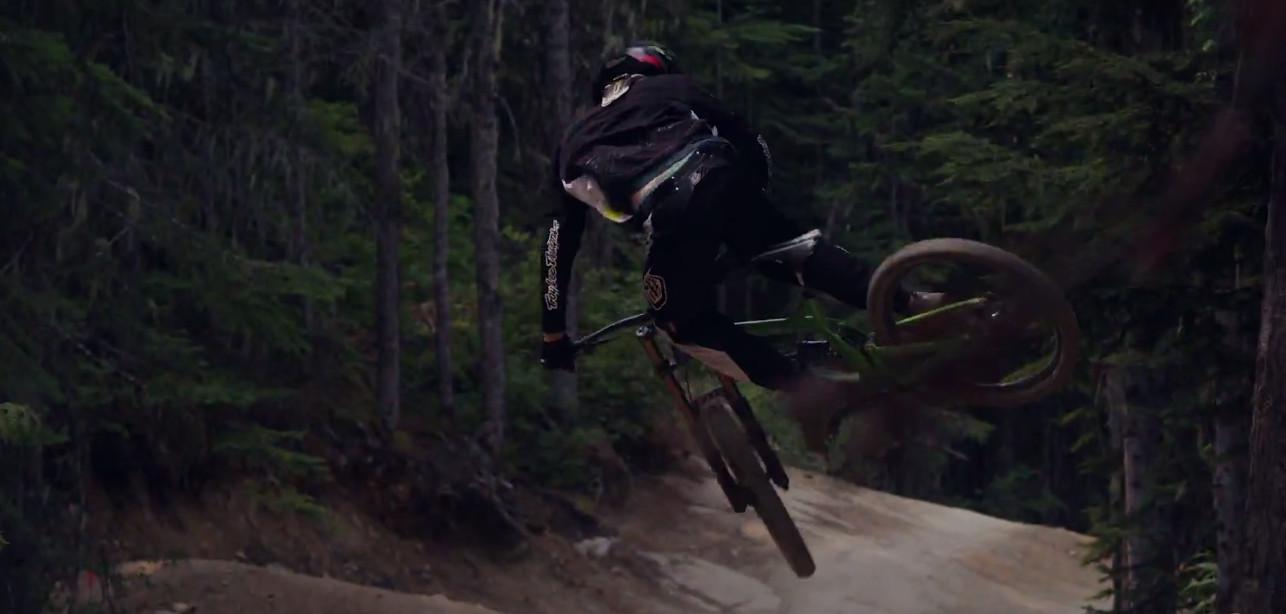 nostalgia_of_riding_season_Bas_van_Steenbergen_whip