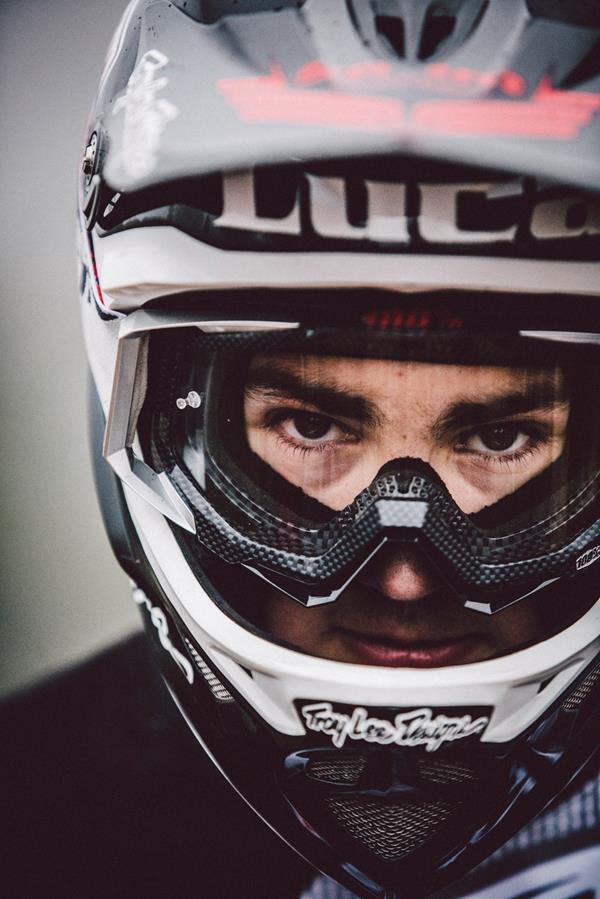 sram_troy_lee_racing_luca_shaw