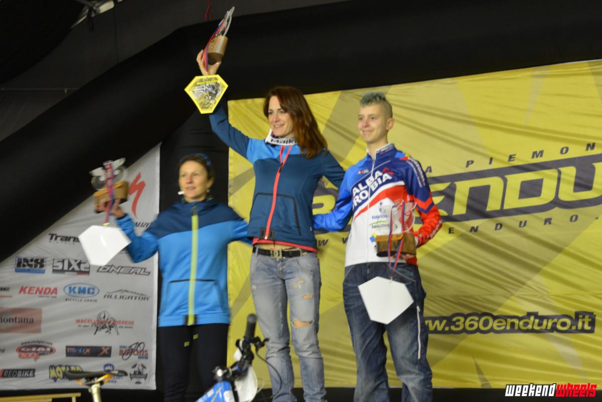 360enduro_pogno_2014_podio_femminile