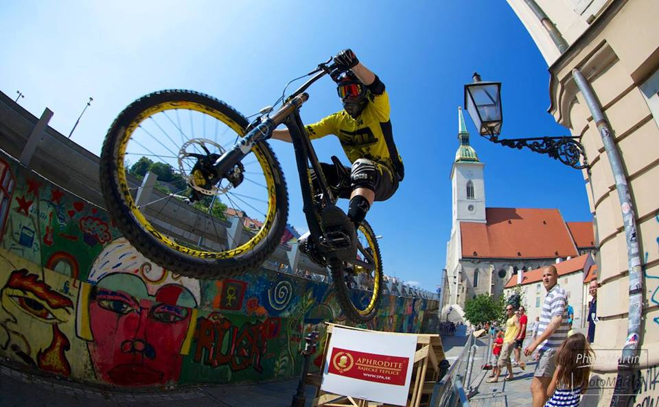 city_downhill_world_tour_2014_bratislava_filip_polc