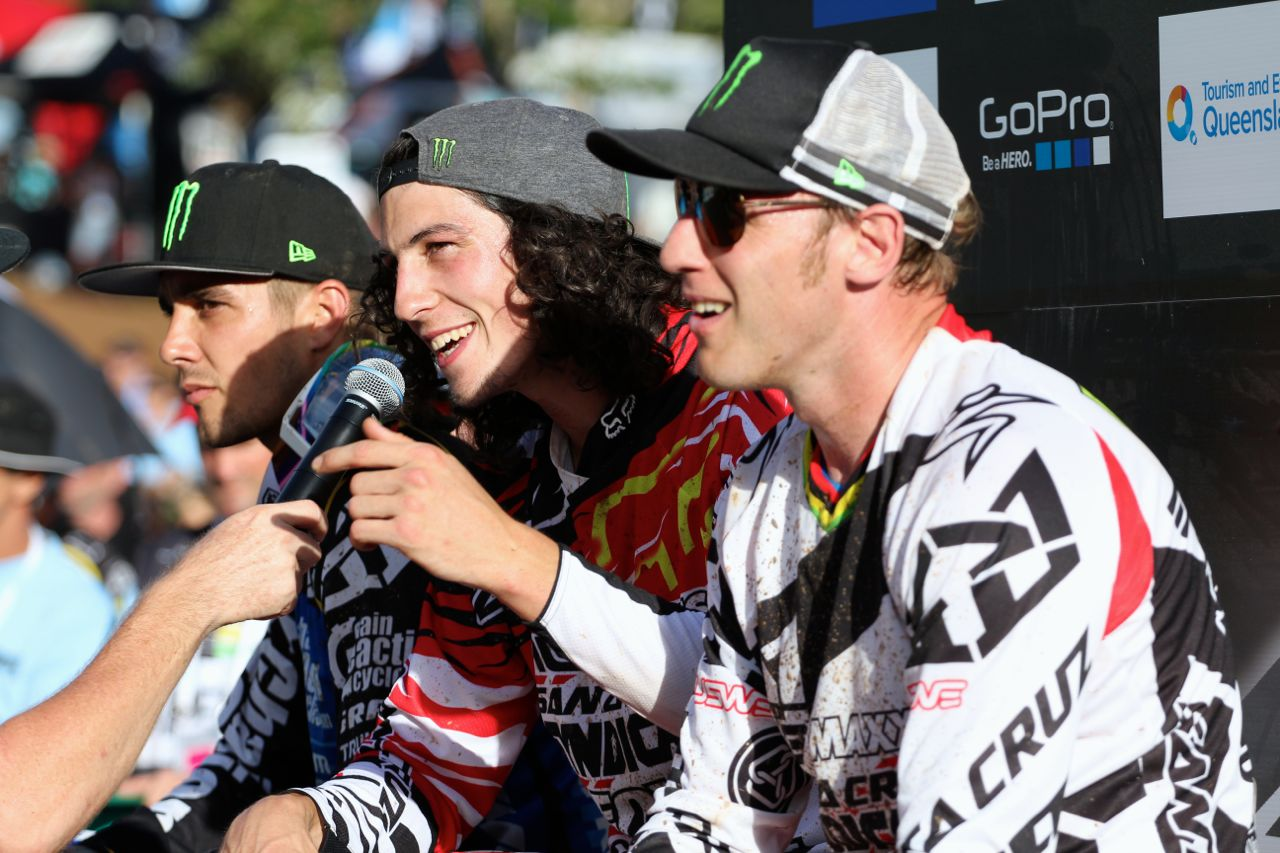 santacruz_syndicate_cairns_wc_2_dh_peat_bryce_hotseat