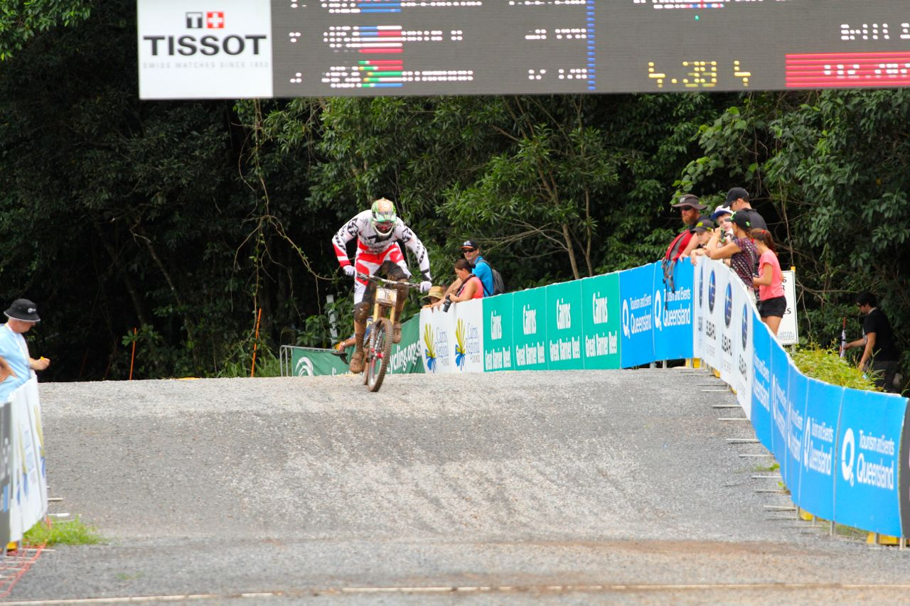 santacruz_syndicate_cairns_wc_2_dh_steve_peat_1
