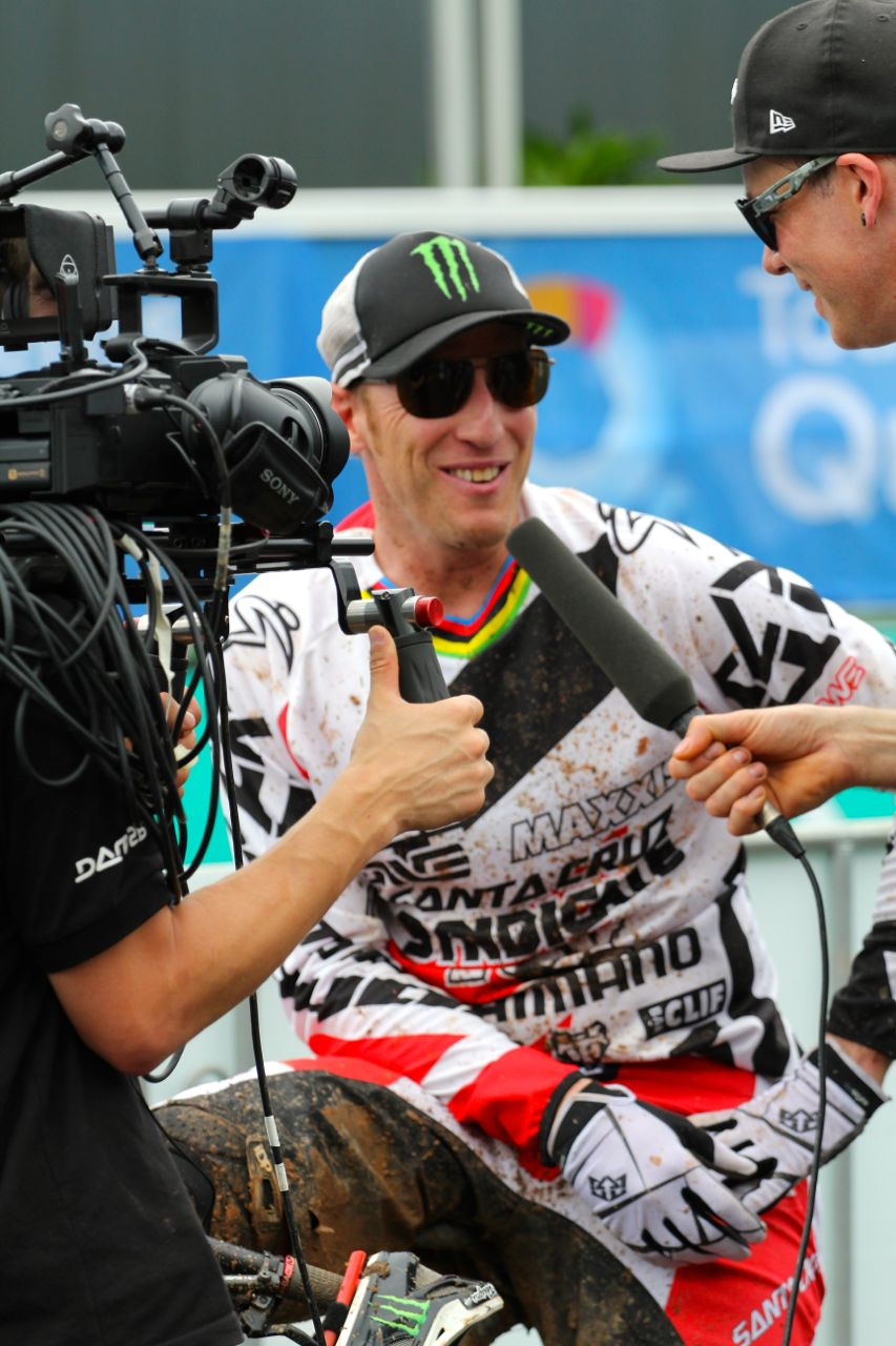 santacruz_syndicate_cairns_wc_2_dh_steve_peat_2