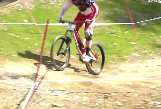 aaron_gwin_flat_tire_leogang_downhill_2014