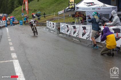 italiani_downhill_champoluc_2014_arrivo