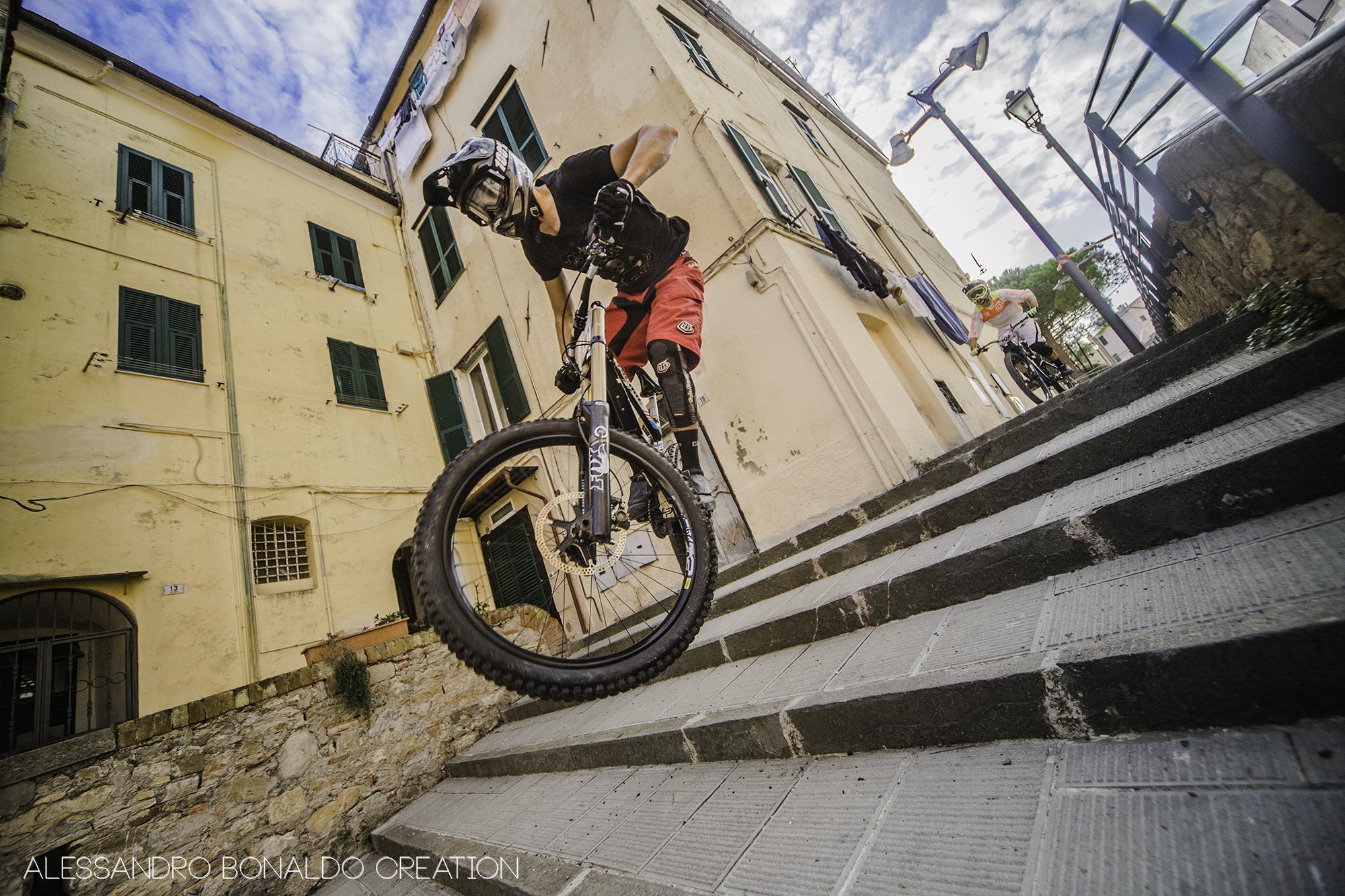 urban_downhill_imperia_2014_whip