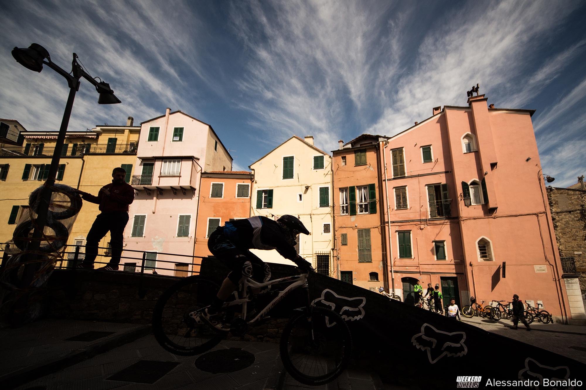 fox_urban_downhill_2015_imperia_parasio