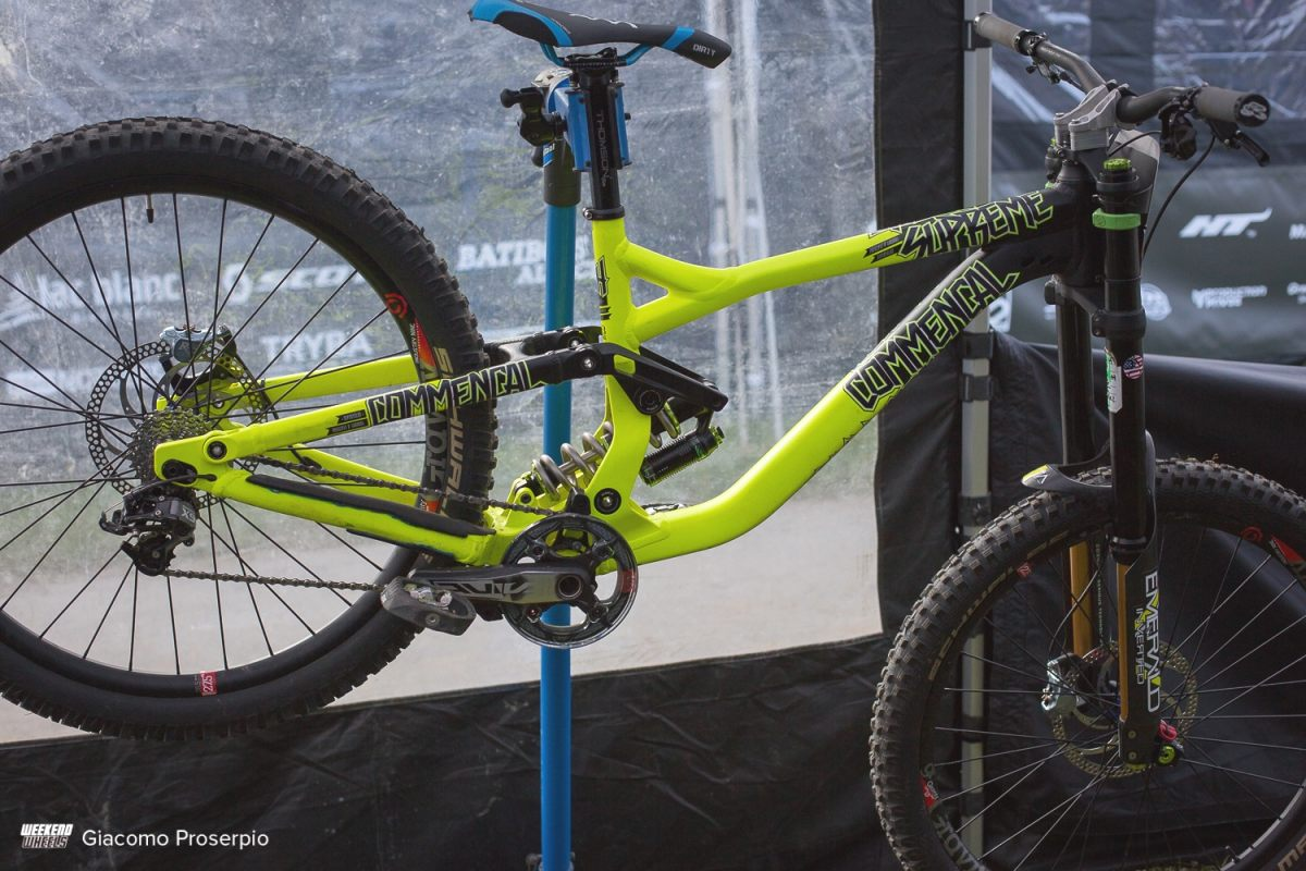 commencal_supreme_dh_oscar_harnstrom_14