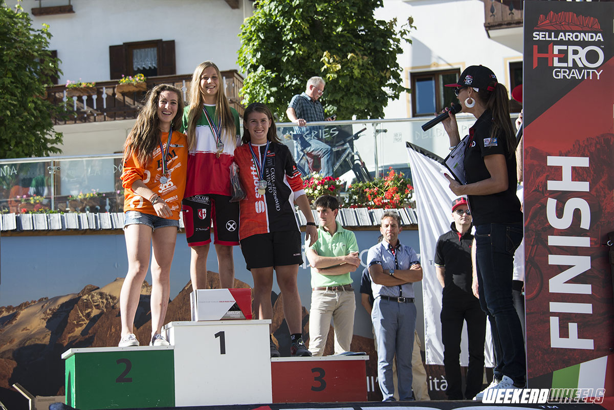 canazei_ass_ita_enduro_2015_podio_allievi_f
