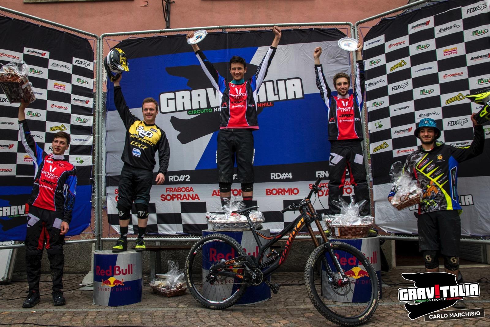 gravitalia_2015_frabosa_soprana_podio_uomini