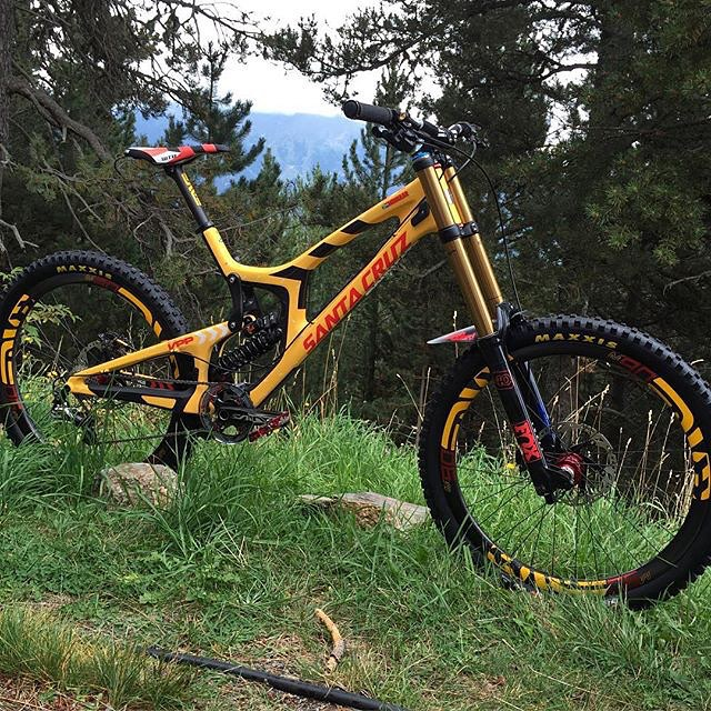 greg_minnaar_santacruz_v10_andorra_world_champs_2015