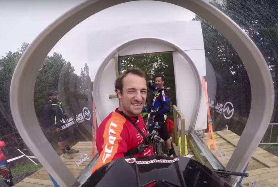 world_champs_downhill_andorra_caluori_cedric_gracia_2015