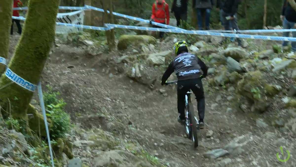 lourdes_downhill_wc_1_2017_luca_shaw_v1029